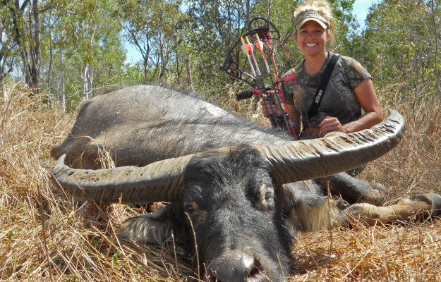 Pat Reeve and Nicole Jones Bow Hunt for African Cape Buffalo