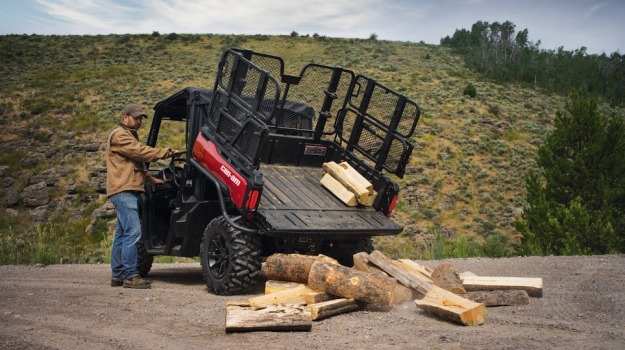 Can-Am Introduces Defender Accessories | Mossy Oak