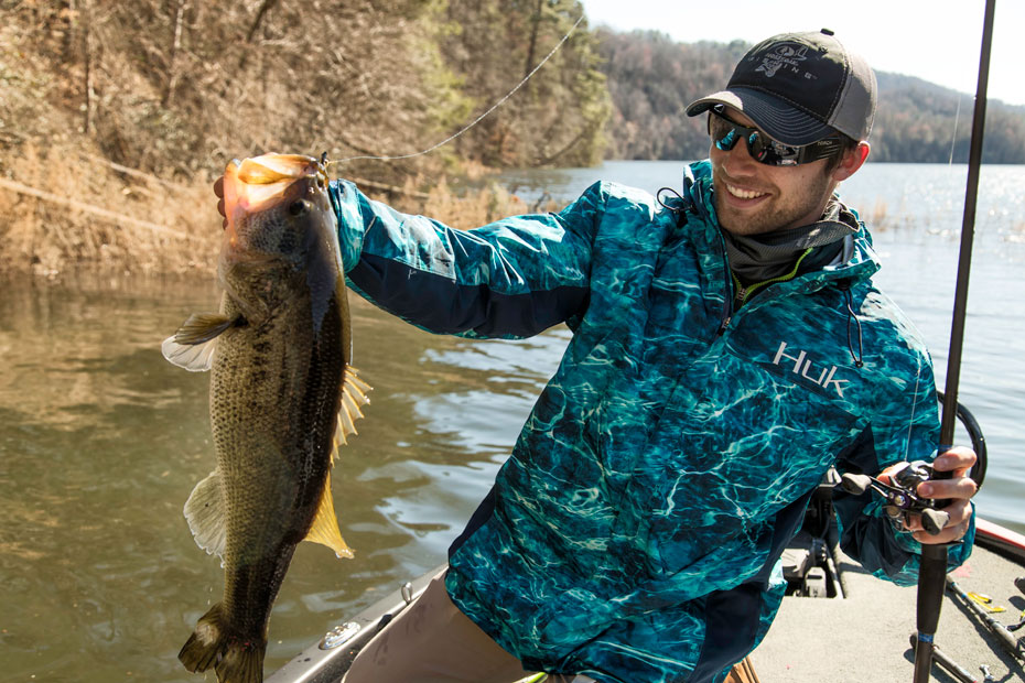 Brandon Palaniuk Mossy Oak Fishing