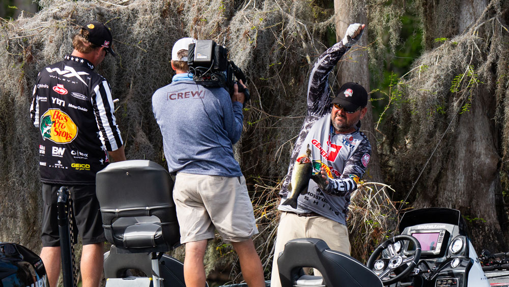 abe19dbb3a2 Has Greg Hackney Changed His Style of Fishing for Major League ...