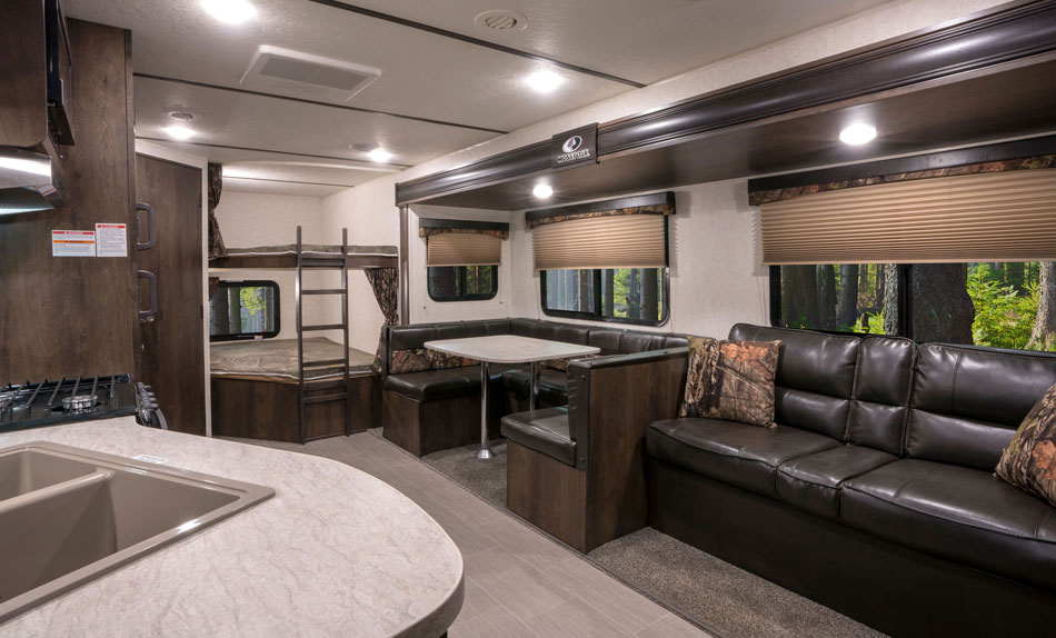 Starcraft Mossy Oak RV