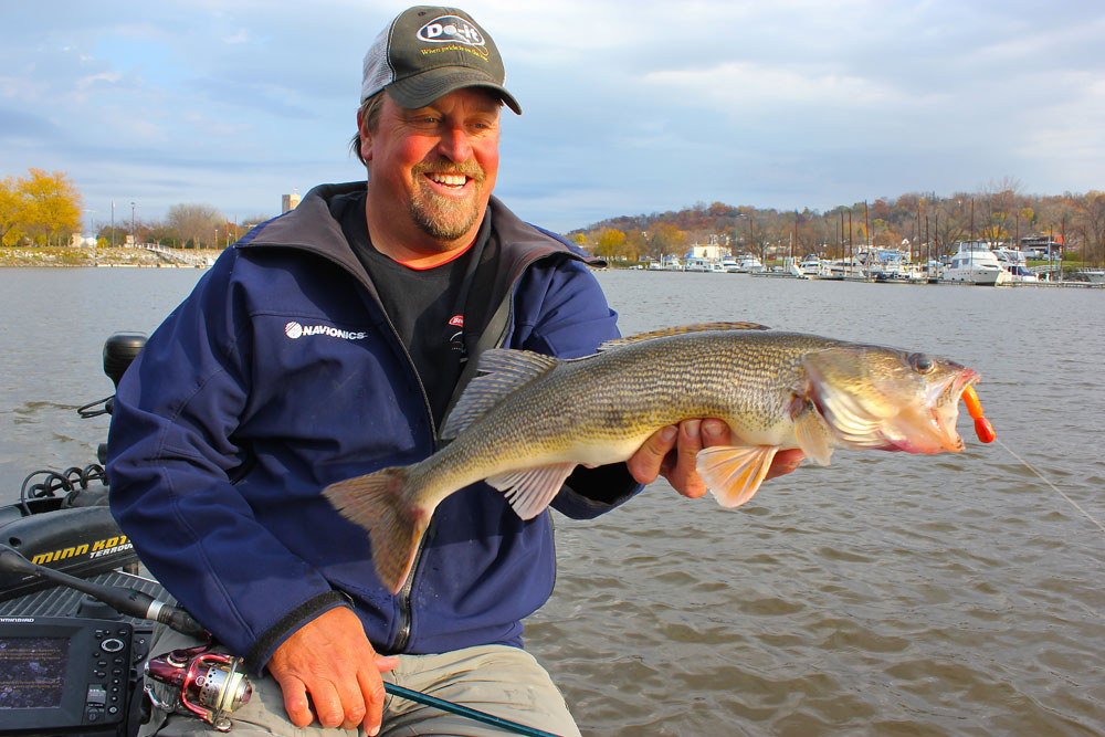 Tommy Skarlis walleye
